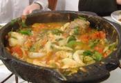 Peixada Paraibana com Legumes e Pirão