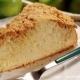 Cuque com farofa ou maçã